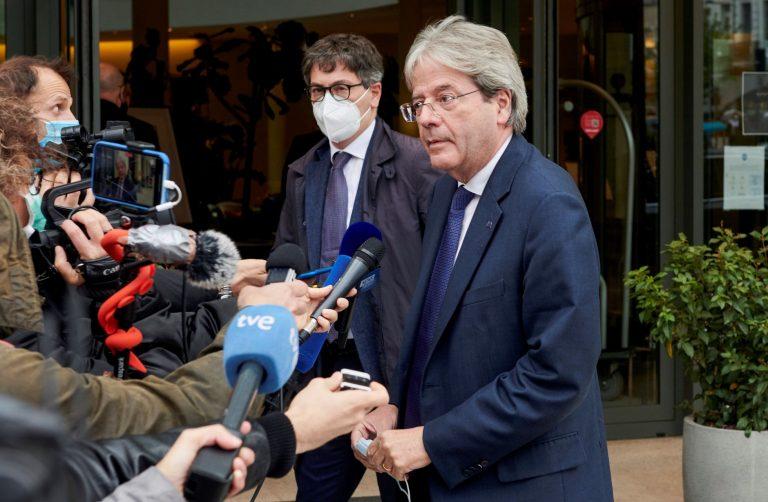 Bruselas logra el sí de los Veintisiete para financiar los 800.000 millones del plan de recuperación