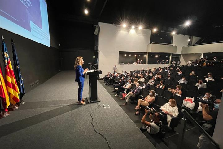 Raquel Sánchez presenta la inversión de 1.000 millones para descarbonizar las ciudades y transformar la movilidad con cargo a los fondos europeos